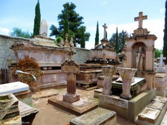 Panteón de Dolores, Jerez