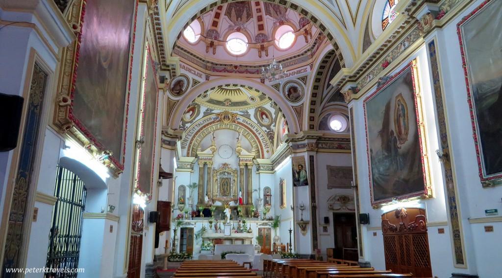 Nuestra Señora de Guadalupe interior