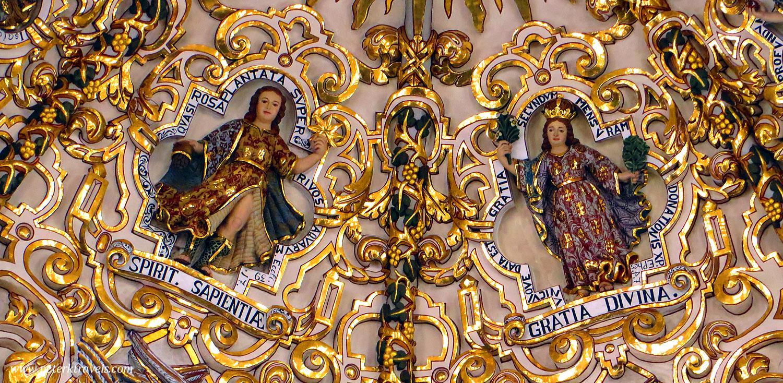 Vista de las imágenes en la Capilla del Rosario