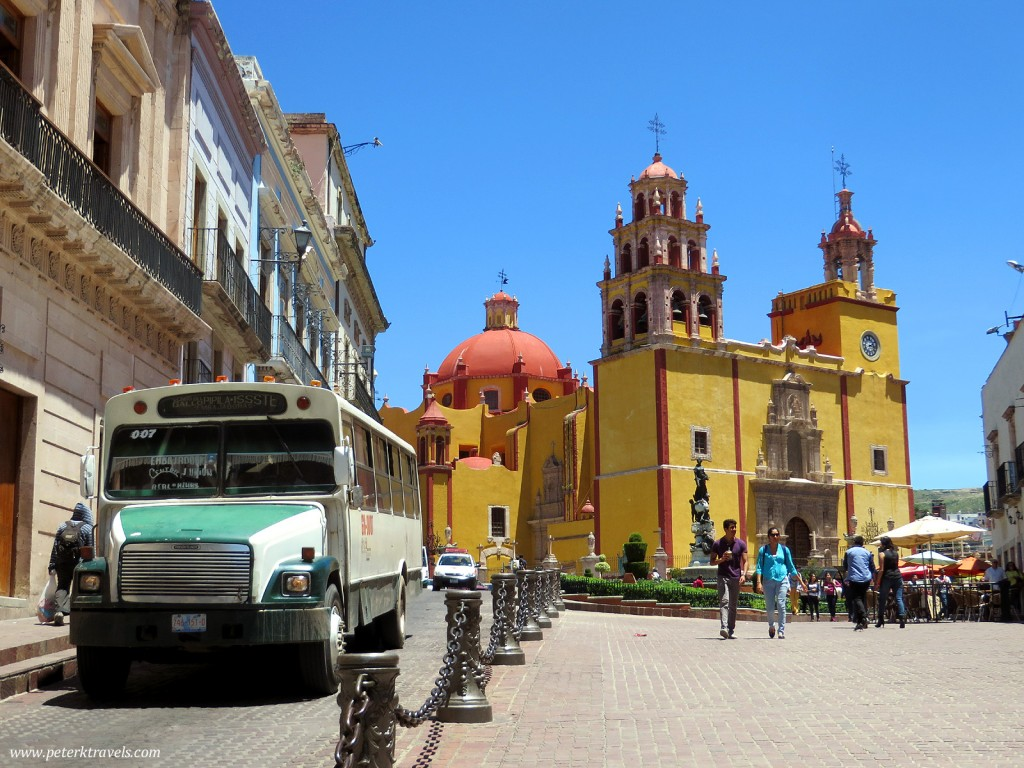 Basilica of Our Lady of Guanajuato and Bus