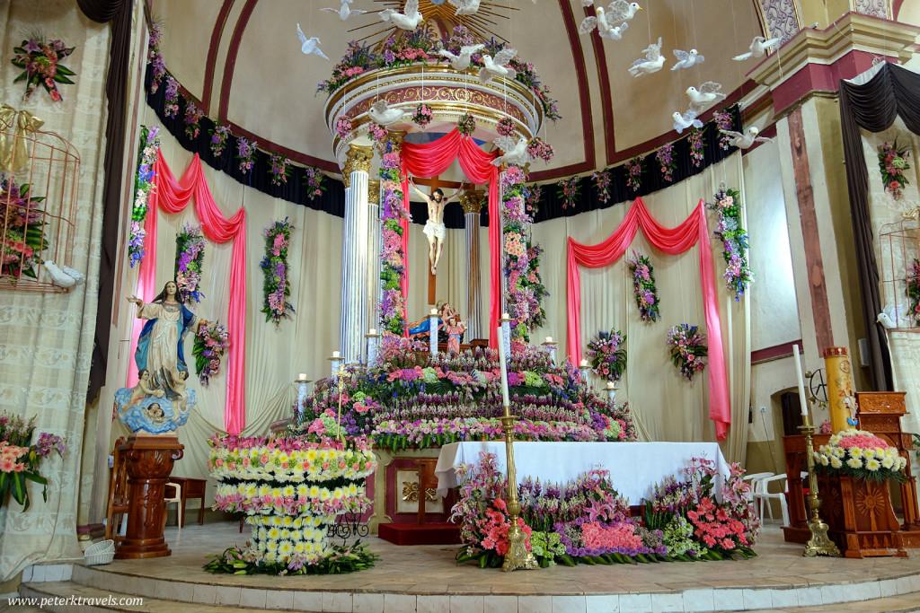 Interior of Parroquia de Santa María Magdalena in Xico, Veracruz