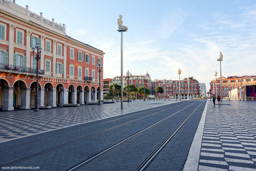Place Massena at sunrise