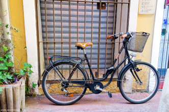 Bicycle in Old Nice