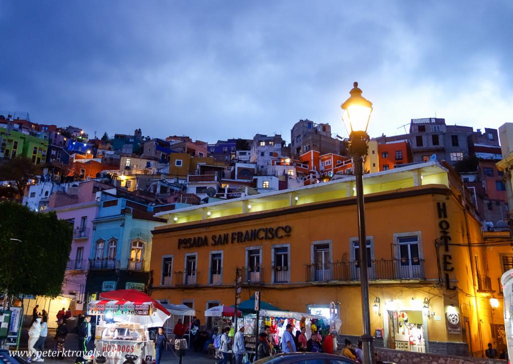 Busy corner, Guanajuato