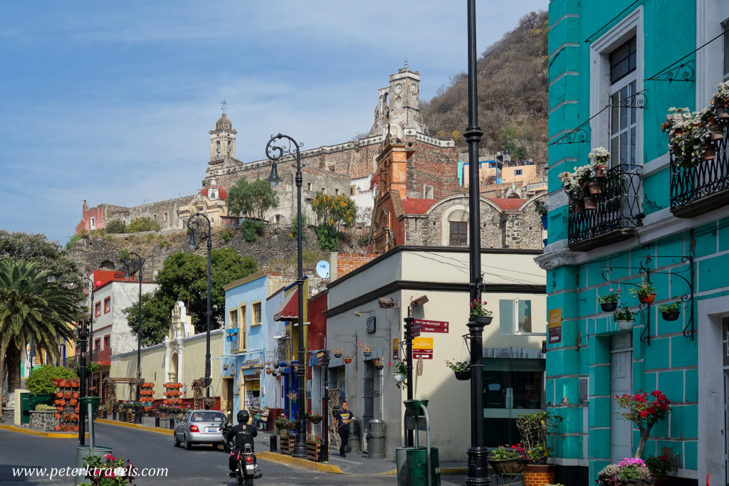 Atlixco street with ex-Convento San Francisco.
