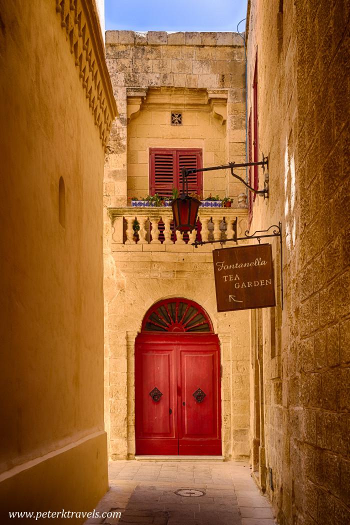 Alley in Mdina, Malta.